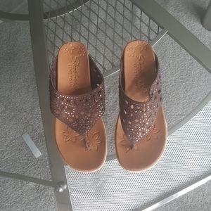 Skechers. Luxe foam. Wedge cork sandal.7